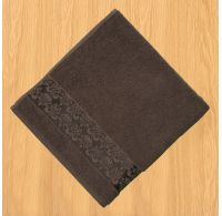 Froté ručník 50x100cm bordura tmavě hnědý